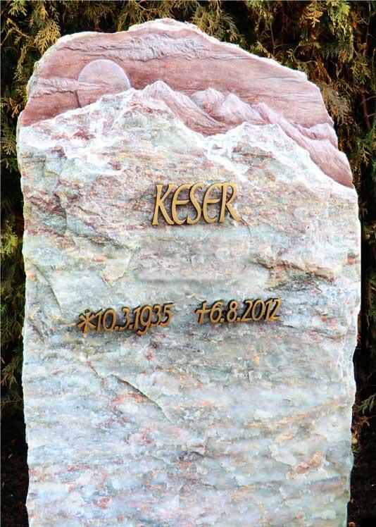 ROSA PORTOGALLO, gebrochen, oben mit ausgearbeitetem Gebirgs-Ornament