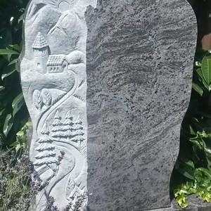 DARK ORION, Einzelstein mit ausgearbeitetem Landschaftsornament