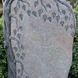 HIMALAYA, Urnenstein mit ausgearbeiteter Trauerweiden-Ornamentik